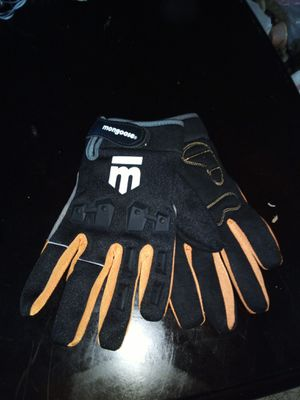 Mongoose biking gloves for Sale in Lafayette, LA