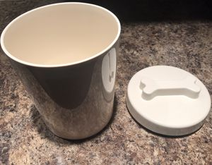 Plastic Dog treat container for Sale in Hickory Hills, IL