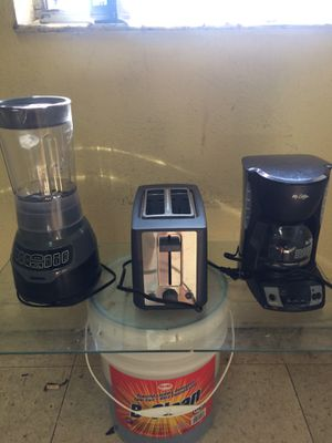 Toaster, Blender, Coffee Maker for Sale in Miami, FL