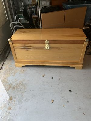 Large wood chest. Trunk, storage chest for Sale in Melbourne, FL