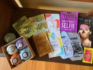 Lot of 10 face masks and 5 bath-bombs! for Sale in Ledyard, CT