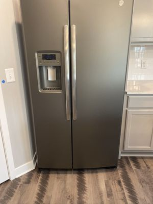 GE Slate Refrigerator- Brand New!! for Sale in Albertville, MN