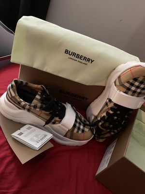 Burberry Shoes for Sale in Mesquite, TX