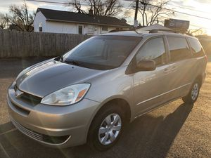 2004 Toyota Sienna LE for Sale in Columbus, OH