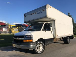 2003 Chevrolet Express Box Truck Dually 6.0L V8 RWD for Sale in Elmhurst, IL