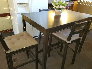 DINING TABLE & 3 CHAIRS for Sale in Santa Ana, CA