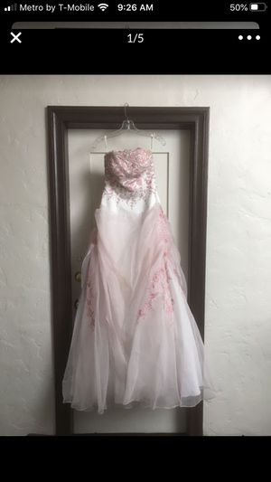 Vestido para 15 Años en buenas condisiones dress for 15 size 10 for Sale in Los Angeles, CA