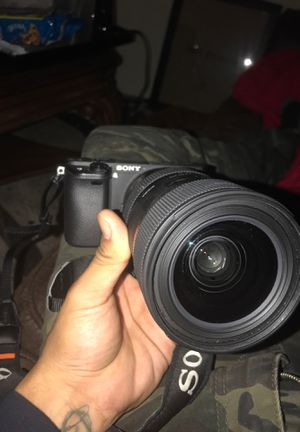 Camera Sony sigma art lens 18 -35 for Sale in Arcadia, CA