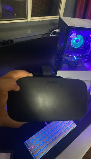 Oculus rift + touch works perfectly for Sale in Alexandria, VA
