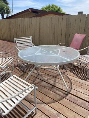 Backyard table and chairs for Sale in San Diego, CA