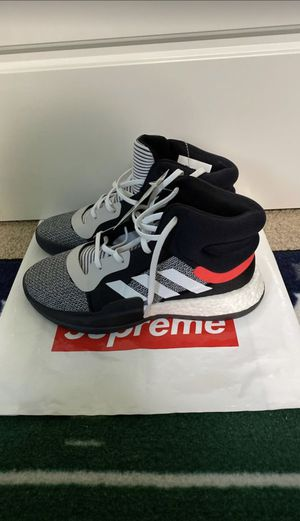 BRAND NEW Marquee Boost Adidas Basketball Shoes Boys Size 6 for Sale in Lynnwood, WA