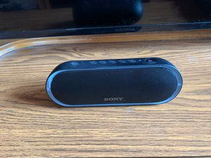 Sony SRS-XB20 speaker for Sale in Cadwell, GA