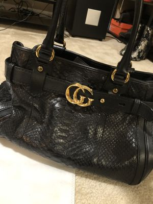 GUCCI python purse for Sale in Sterling, VA