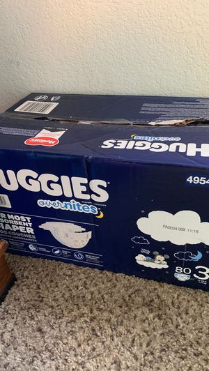 Size 3 Huggies overnight for Sale in Longmont, CO
