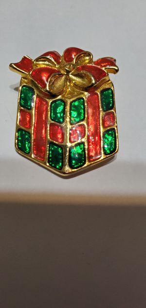 Holiday brooch for Sale in Mulberry, FL