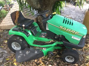 Riding lawn mower for parts firm on price for Sale in North Miami, FL