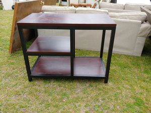 Nice metal table for Sale in Columbia, SC