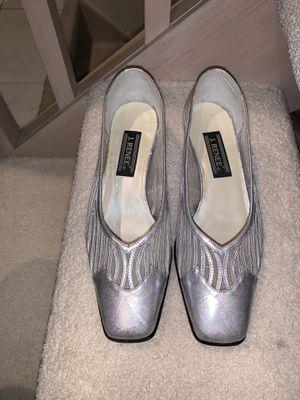 J. Renee Women's Shoes, Iridescent Silver, 9W for Sale in Novi, MI