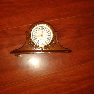 Clock vintage antique household for Sale in Phoenix, AZ
