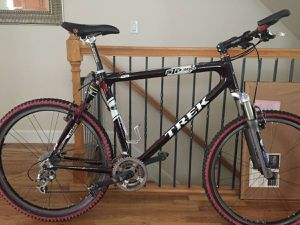 Trek STP 300 MTB - upgraded, classic carbon softtail for Sale in Denver, CO