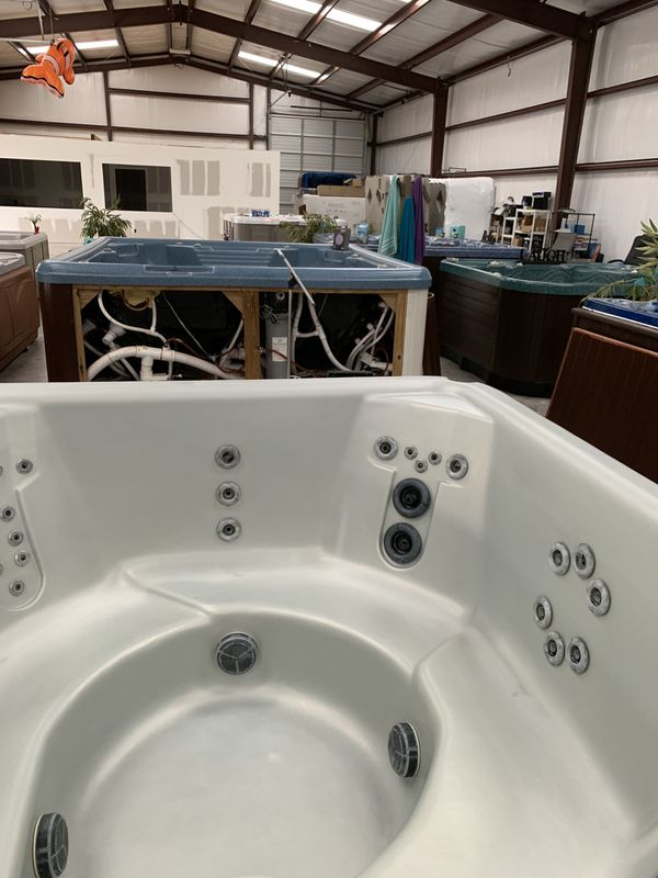7 Person Refurbished Nordic Hot Tub