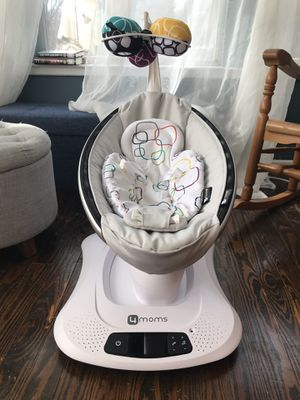 4Moms Mamaroo 4 Baby Swing for Sale in Nashville, TN