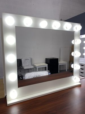 Dimmable Makeup Vanity Mirror SUPER CHEAP! for Sale in Las Vegas, NV