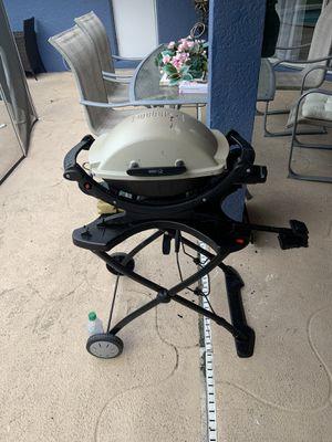 Weber grill for Sale in PT CHARLOTTE, FL