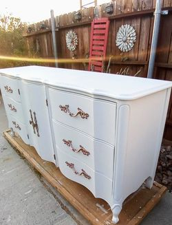 Beautiful Dresser Solid Wood Original hardware for Sale in Whittier,  CA