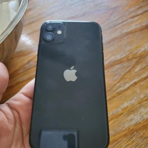 iPhone 11 Black 128GB for Sale in Fontana, CA