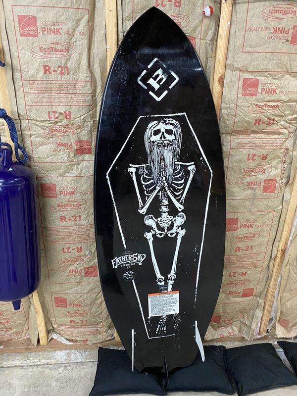 """Wake surfboard 5'2"""" BYERLY"""