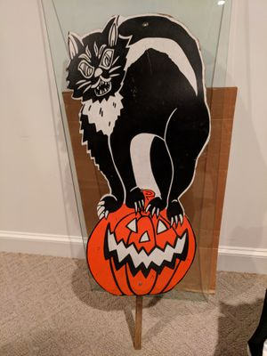 Wood/particleboard Halloween yard deco sign Cat and pumpkin for Sale in Gaithersburg, MD