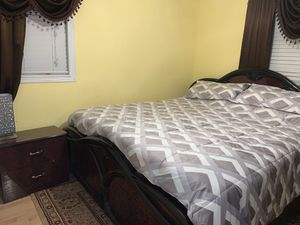 Bed frame, mirror & dresser, chest, & 2 night stands for Sale in St. Louis, MO