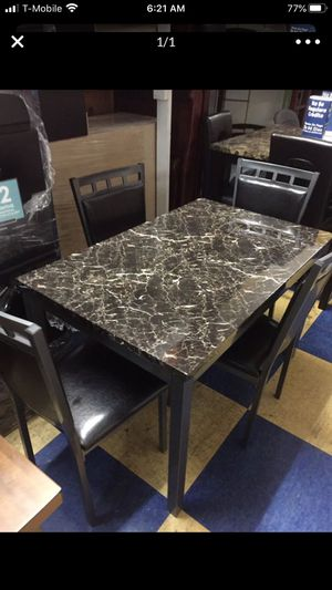 5 pcs set dining table for Sale in Torrance, CA