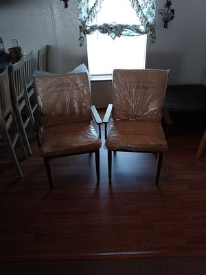 2 Brand new wood chairs for Sale in Lockbourne, OH
