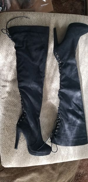 Size 7 1/2 Thigh high boots for Sale in Montesano, WA