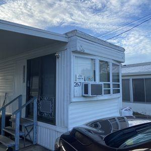 mobile home for Sale in Tarpon Springs, FL