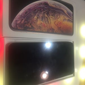 Factory Unlocked iPhone XS 256GB for Sale in Tacoma, WA