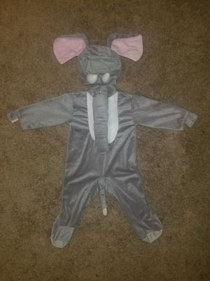 Adorable elephant costume size 2t for Sale in Nicholasville, KY