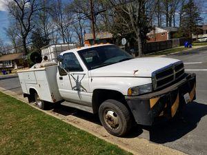 Vendo camioncito marca dodge ram 3500 for Sale in Silver Spring, MD