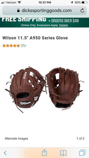 Baseball glove for Sale in Milton, GA