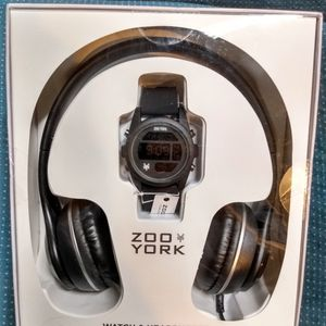 Zoo York Digital Watch & Headphones for Sale in Henderson, NV