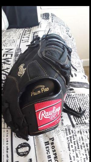 Baseball Glove for Sale in Byron, CA