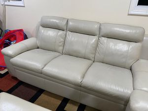 White leather couch set for Sale in East Meadow, NY
