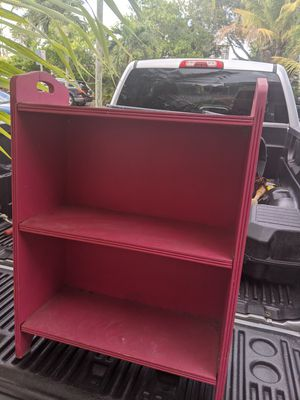 Small pink standing shelf for Sale in Hallandale Beach, FL