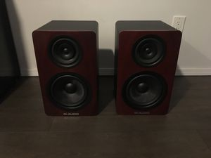 Pair of M-Audio M3-8 Pro Studio Monitors for Sale in Arlington, TX