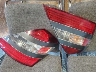 Mercedes Benz S Class 07- 09 Tail Light Assembly for Sale in Auburn,  WA