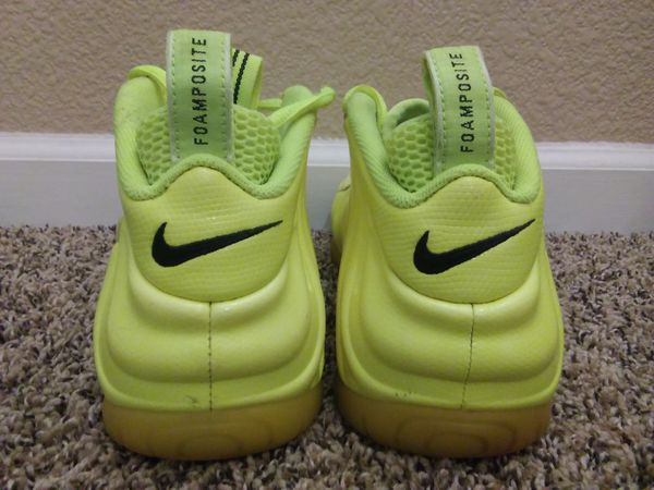 Men's Size 10 Nike Air Foamposite One Pro Volt Shoes Pre-Owned