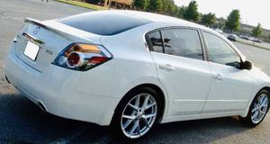 Luxury Sedan007 Nissan Altima for Sale in Washington, DC