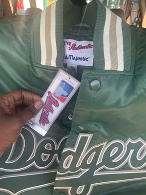 ONLY 2 left !! DODGERS puff jackets XXL for Sale in Los Angeles, CA